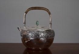 从前时间慢丨一把银壶要敲打十万次,小锤已敲过一千年……